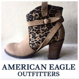 American Eagle leopard print tan booties SZ 6